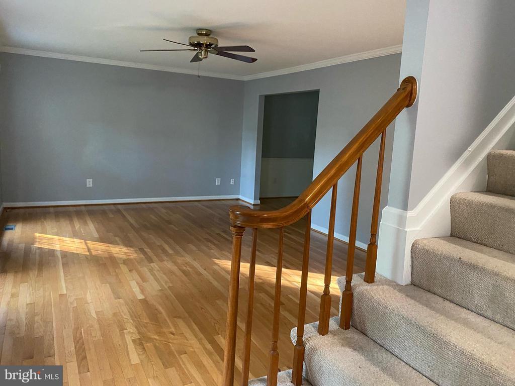 Living Room - 108 HAMILTON RD, STERLING
