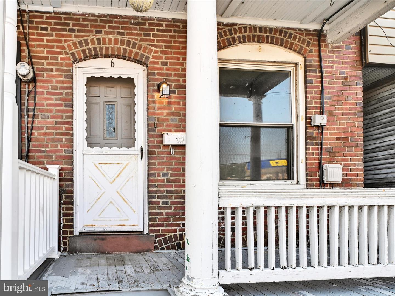 6 E Lawton Street , SAINT CLAIR, Pennsylvania image 24