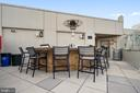 Sitting area on Rooftop - 1021 N GARFIELD ST #621, ARLINGTON