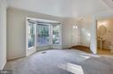 Living room - 5970 EDGEHILL CT, ALEXANDRIA
