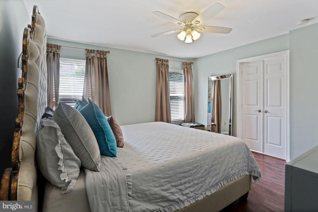 Primary BR - Double Doors Lead to Large Bathroom! - 6342 JAMES HARRIS WAY, CENTREVILLE