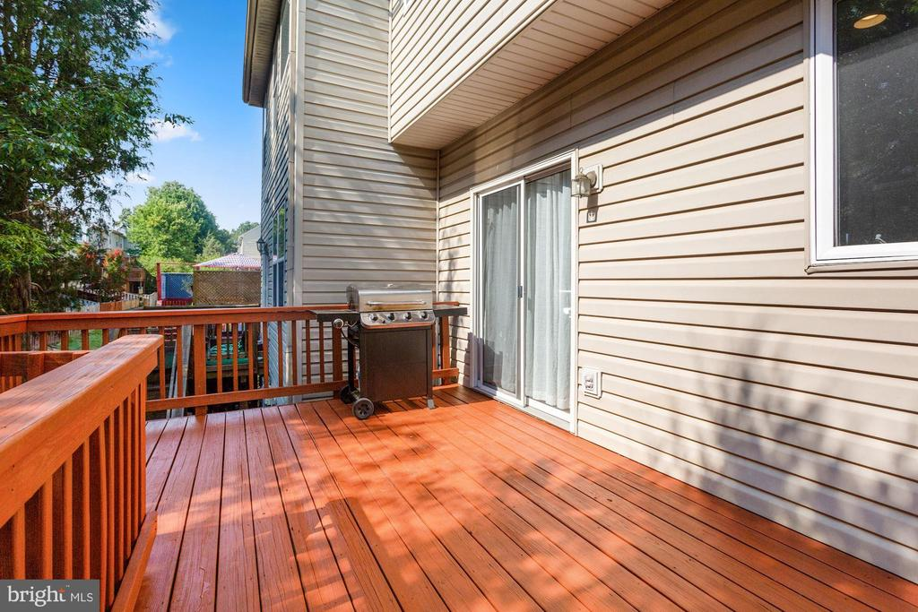 Deck is Great for Entertaining Guests Outdoors! - 6342 JAMES HARRIS WAY, CENTREVILLE
