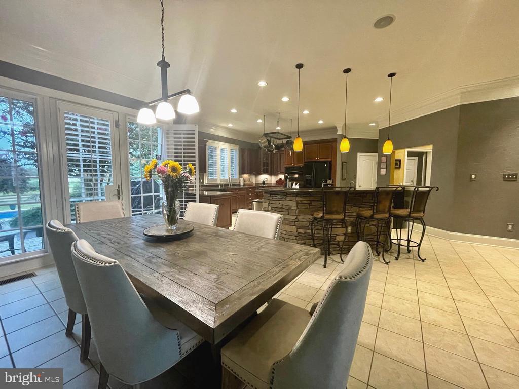 Breakfast Room/Kitchen - 16344 LIMESTONE CT, LEESBURG