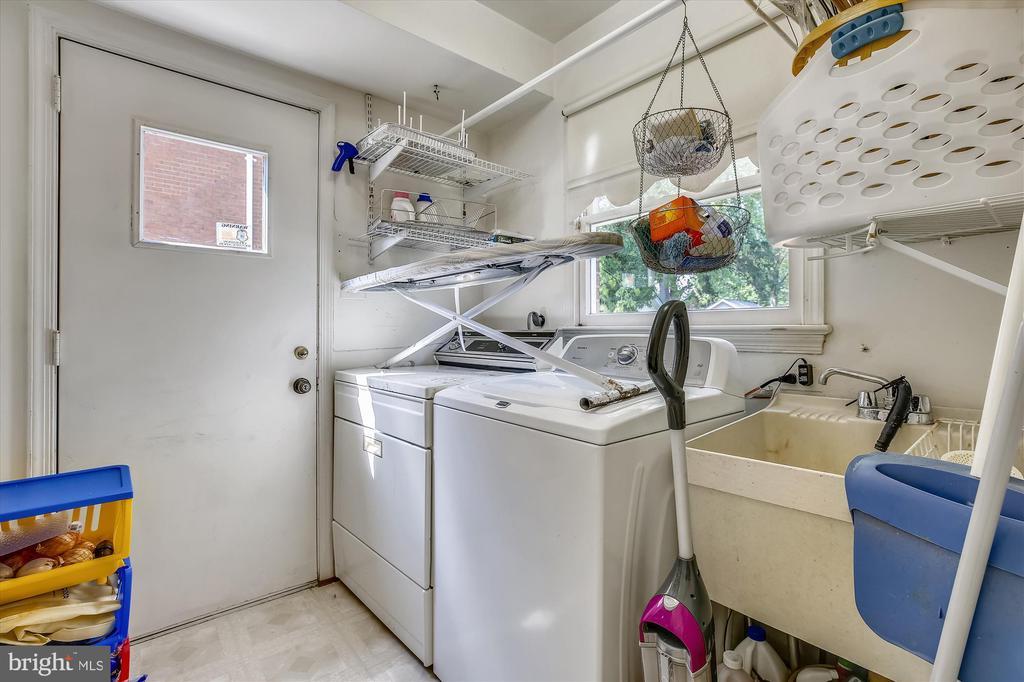 Laundry off Kitchen - 1213 BURTON ST, SILVER SPRING