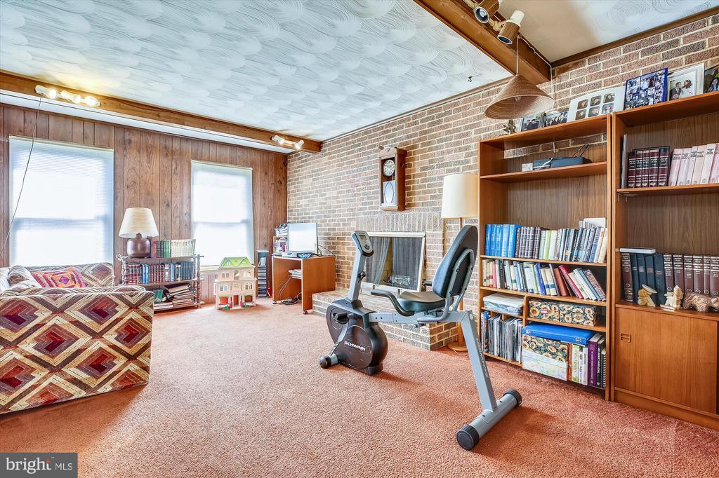 Family Room - 1213 BURTON ST, SILVER SPRING