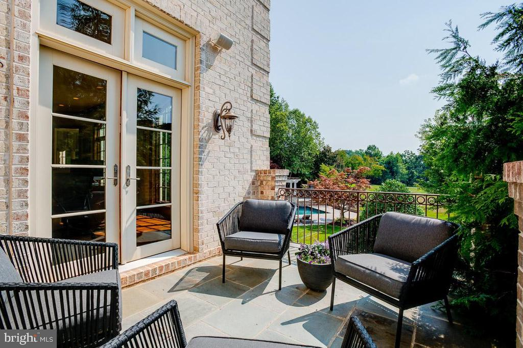 Patio off of the Executive Library - 15830 SPYGLASS HILL LOOP, GAINESVILLE