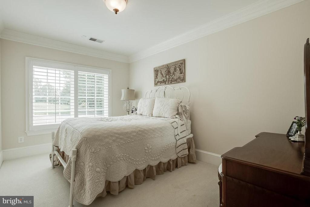 Lower Level 6th Bedroom - 15830 SPYGLASS HILL LOOP, GAINESVILLE