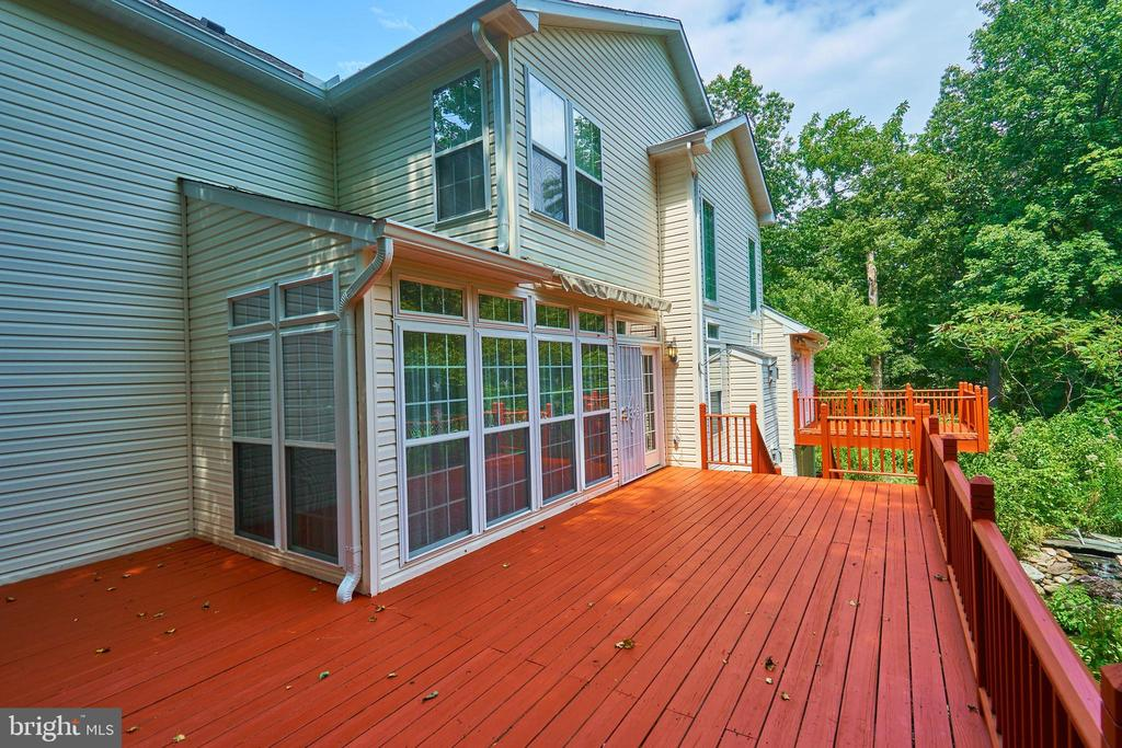 Breakfast Sunroom Deck with Awnings Retracted - 619 BRECKENRIDGE WAY, SHENANDOAH JUNCTION