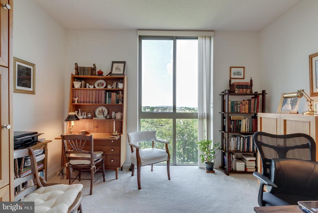 Library off the main living area has great light - 19365 CYPRESS RIDGE TER #1021, LEESBURG