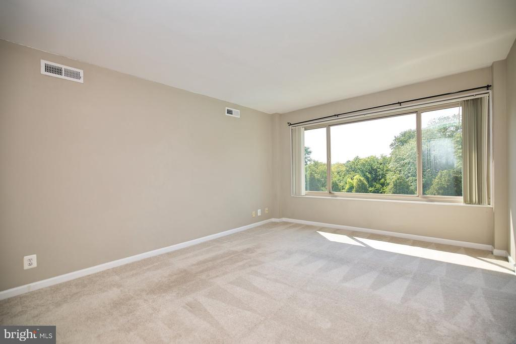 Bedroom - 10570 MAIN ST #517, FAIRFAX