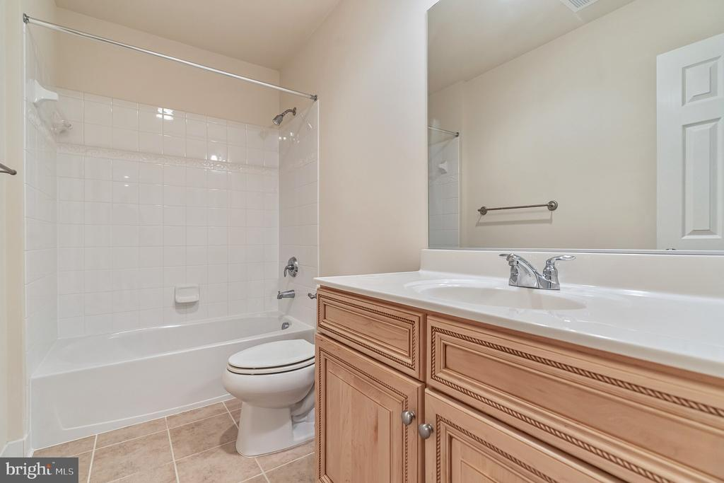 Hall Bath for second Bed Room - 3336 DONDIS CREEK DR, TRIANGLE