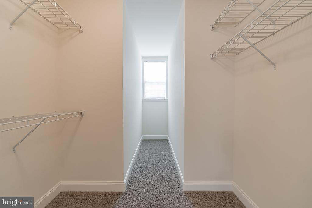 Walking Clotset Master suite - 3336 DONDIS CREEK DR, TRIANGLE