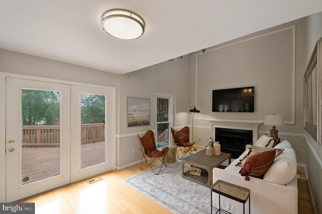 Family Room with Deck Access - 1406 POWELLS TAVERN PL, HERNDON