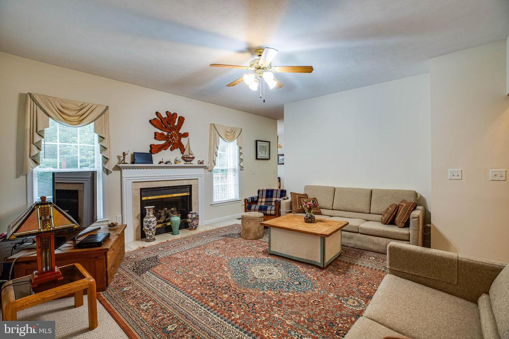 Other view of the family room - 8300 MUSKET RIDGE LN, FREDERICKSBURG