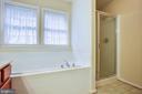 Separate shower - 8300 MUSKET RIDGE LN, FREDERICKSBURG