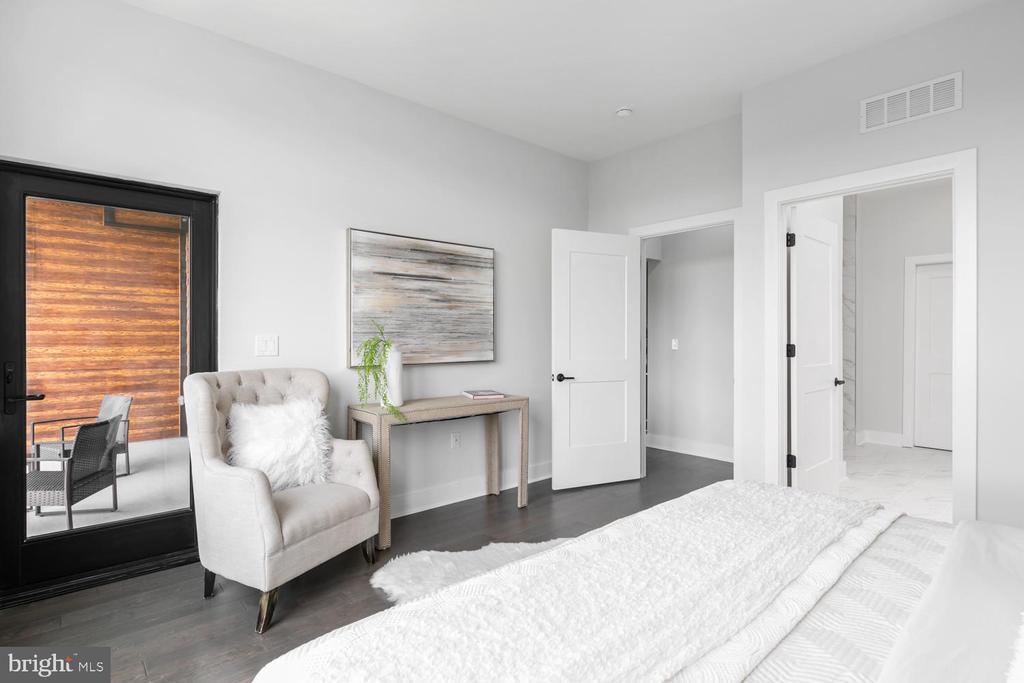 Terrace Door Access from Primary Bedroom - 44691 WELLFLEET DR #208, ASHBURN