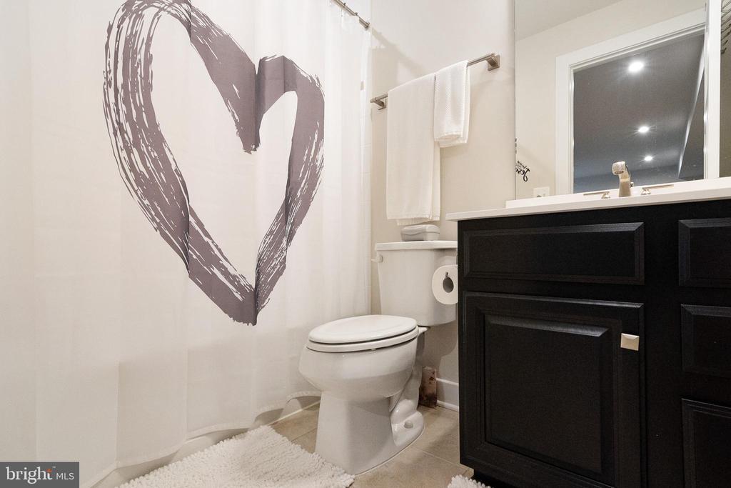 Bathroom 3 - 2612 CROSSVINE DR, DUMFRIES