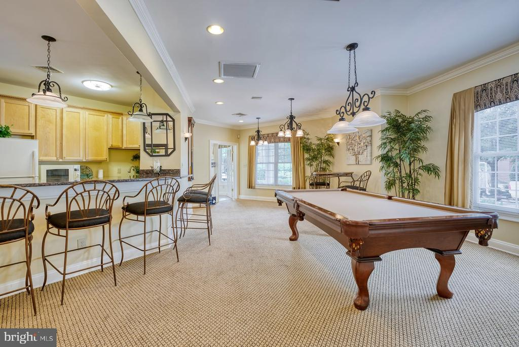 billiard room - 12801 FAIR BRIAR LN #12801, FAIRFAX