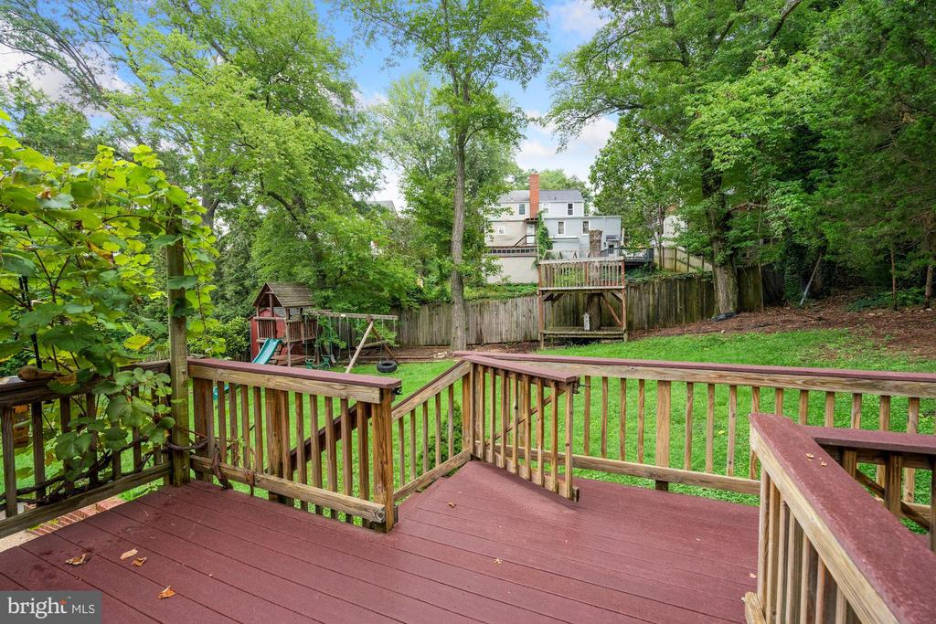 Deck features a ramp for wheelchair accessible - 5905 DEWEY DR, ALEXANDRIA
