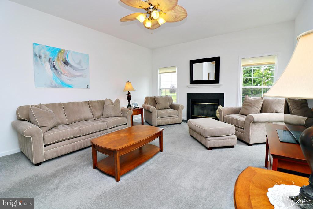 Family Room with Wood Burning Fireplace - 26 STONEWAY CT, CHARLES TOWN