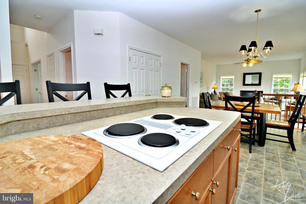 Kitchen - 26 STONEWAY CT, CHARLES TOWN