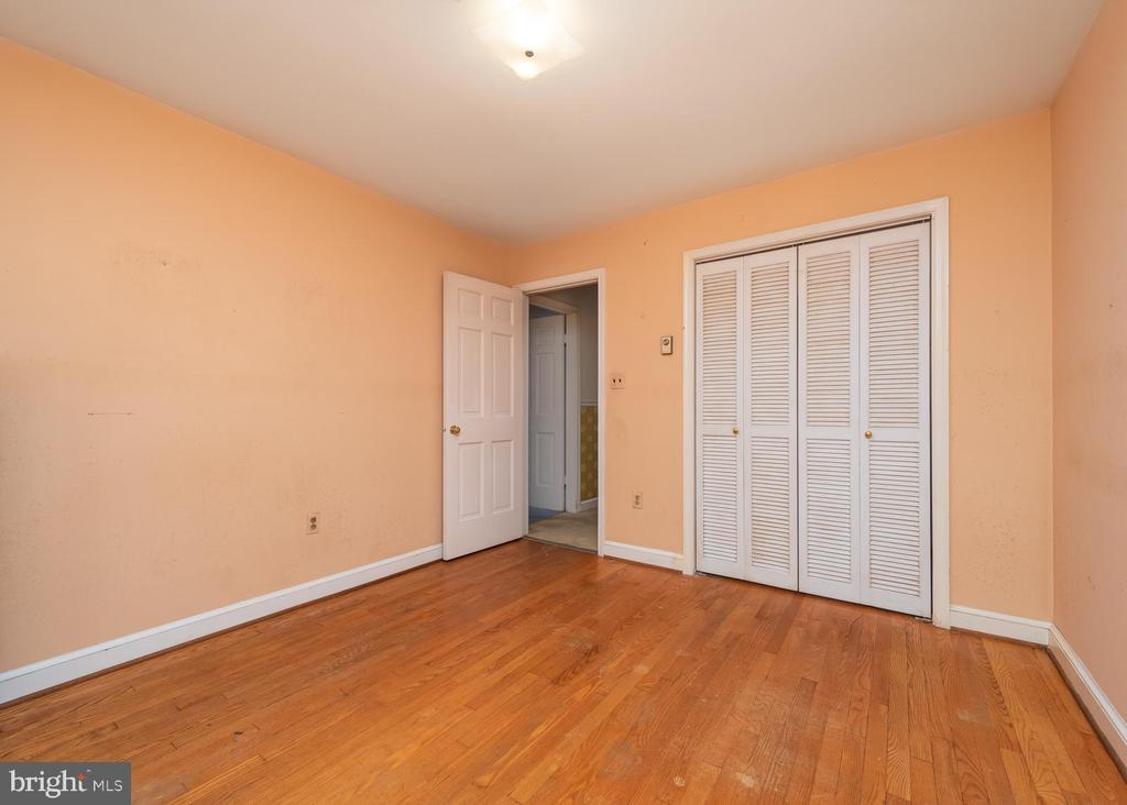 Bedroom 1 - 16201 DUSTIN CT, BURTONSVILLE