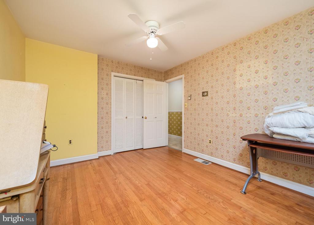 Bedroom 3 - 16201 DUSTIN CT, BURTONSVILLE