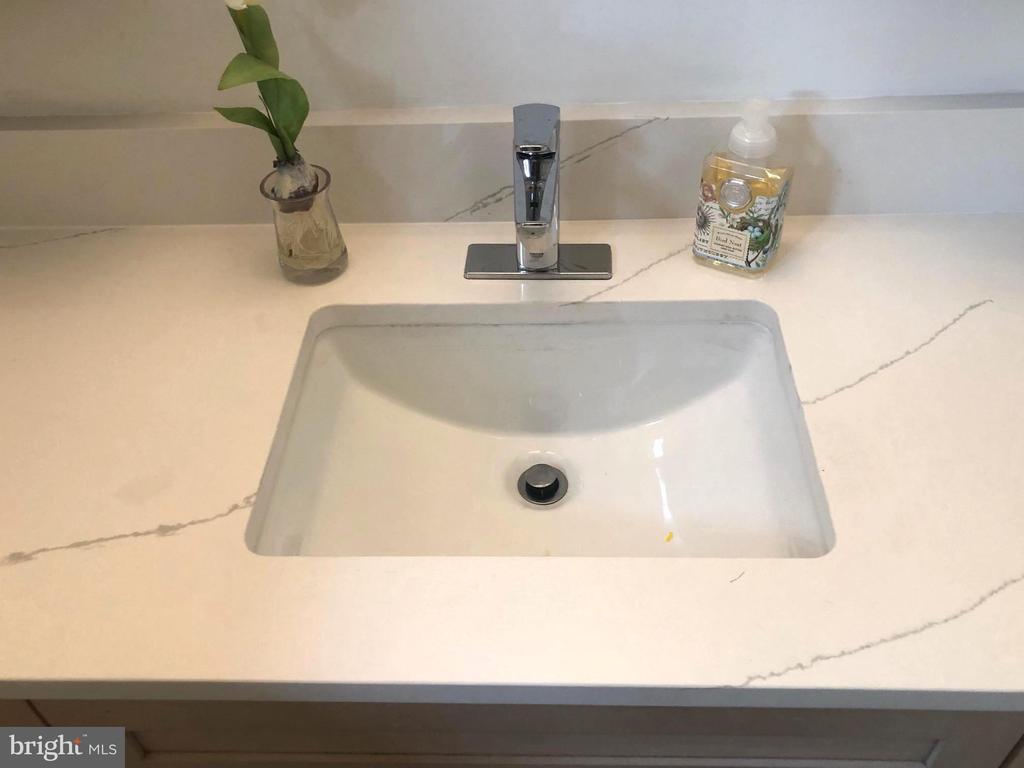 Brand new bathroom sink and faucet - 5905 DEWEY DR, ALEXANDRIA