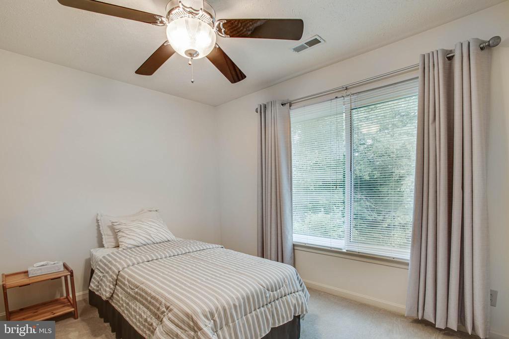 Bedroom 2 - 11515 BEND BOW DR, FREDERICKSBURG