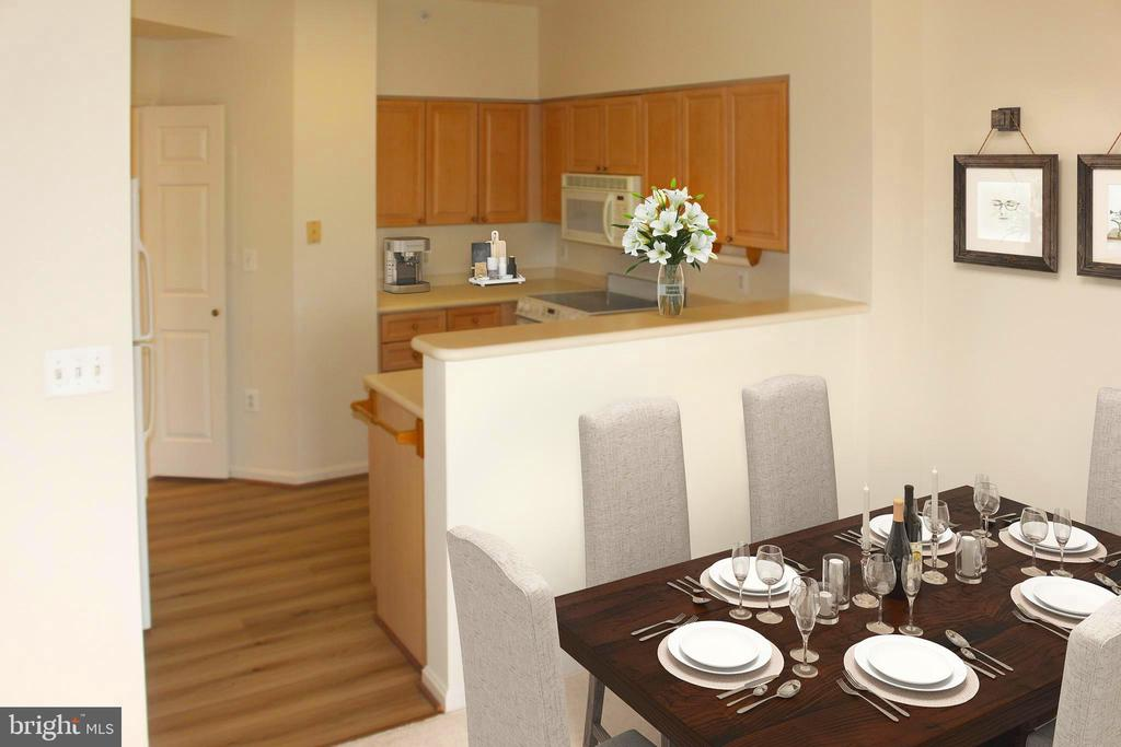 Kitchen/Dining - 19375 CYPRESS RIDGE TER #807, LEESBURG