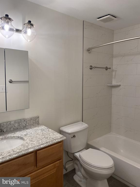 Primary updated, and upgraded bath - 11605 CLUBHOUSE CT, RESTON
