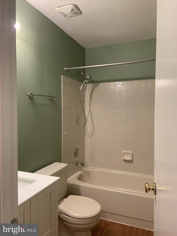 Another view of lower level bath - 11605 CLUBHOUSE CT, RESTON
