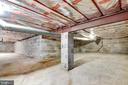 Additional crawl space for storage - 8927 BURBANK RD, ANNANDALE