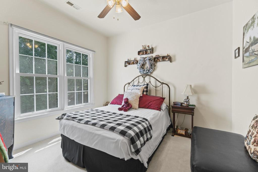 Bedroom 3 on the Upper Level - 15997 KENSINGTON PL, DUMFRIES