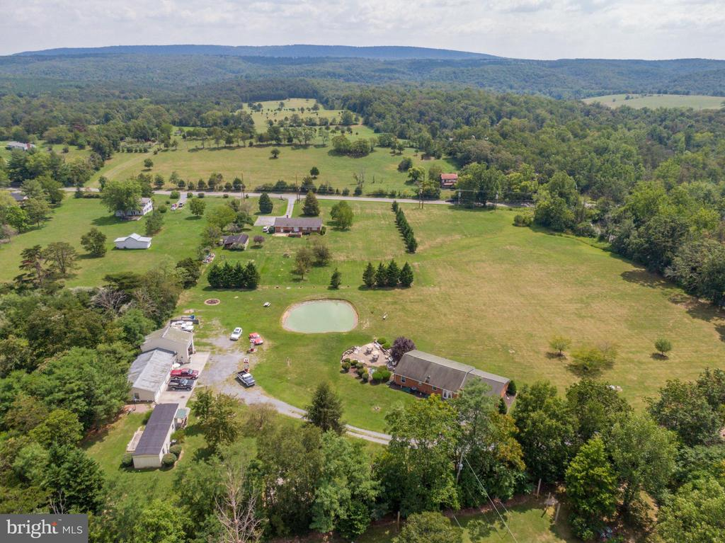 Drone view - 140 BOWMAN LN, WINCHESTER