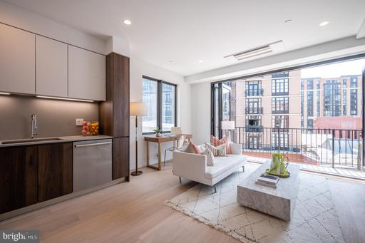 424 M ST NW #8