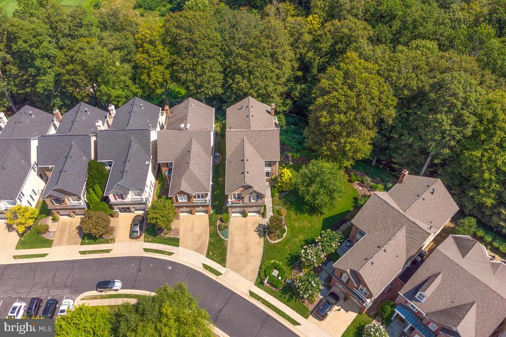 - 20260 ISLAND VIEW CT, STERLING