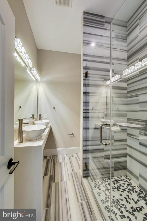 2nd Master Bathroom, on main level - 3104 SLEEPY HOLLOW RD, FALLS CHURCH