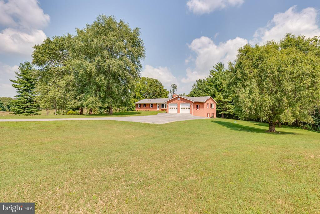 - 673 GENERAL ROGERS ROAD, CHARLES TOWN