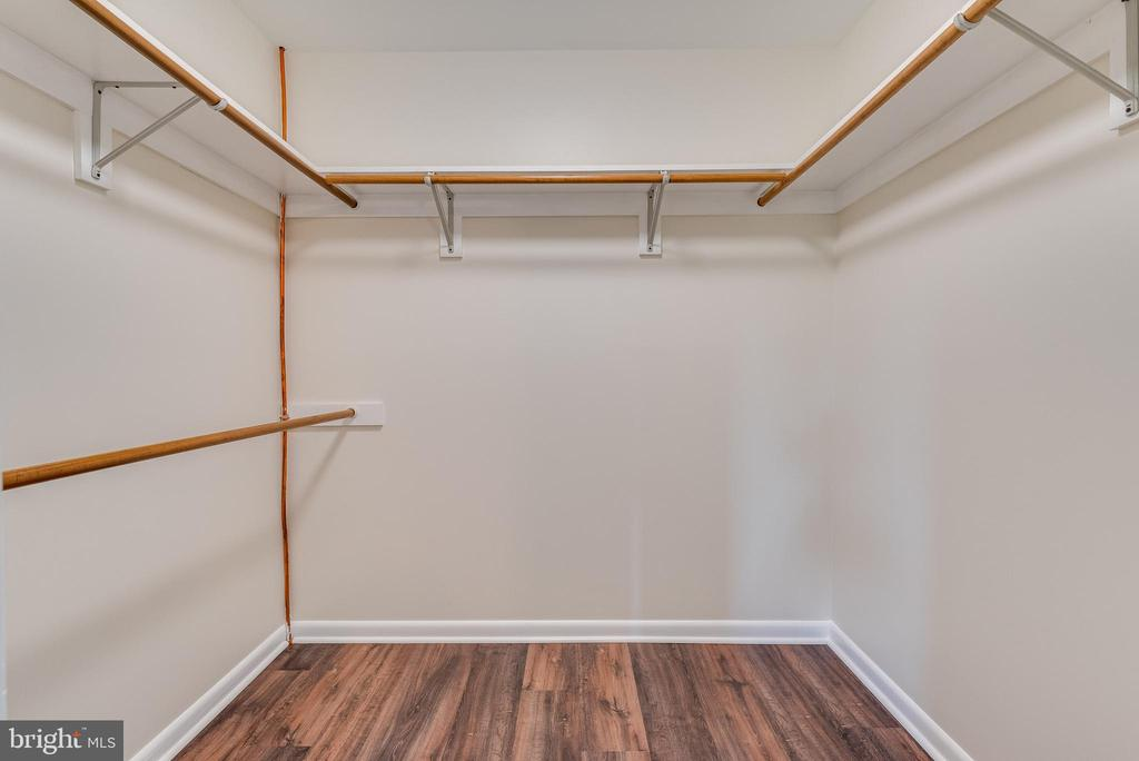 MASTER WALK IN CLOSET - 673 GENERAL ROGERS ROAD, CHARLES TOWN
