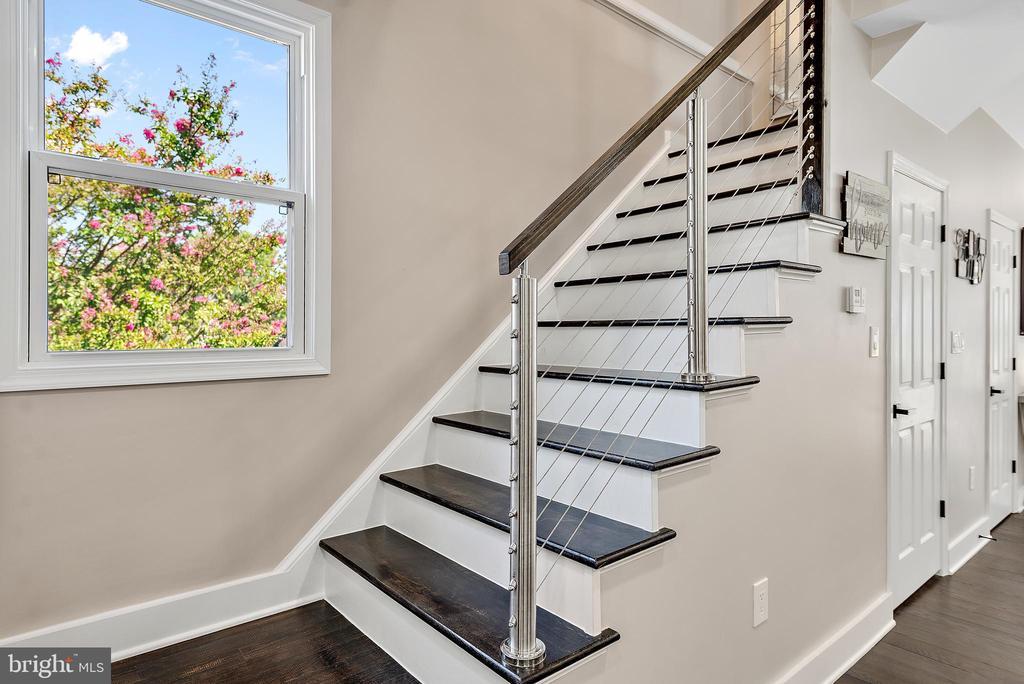 Stairs to upper level - 2217 FRANKLIN ST NE, WASHINGTON