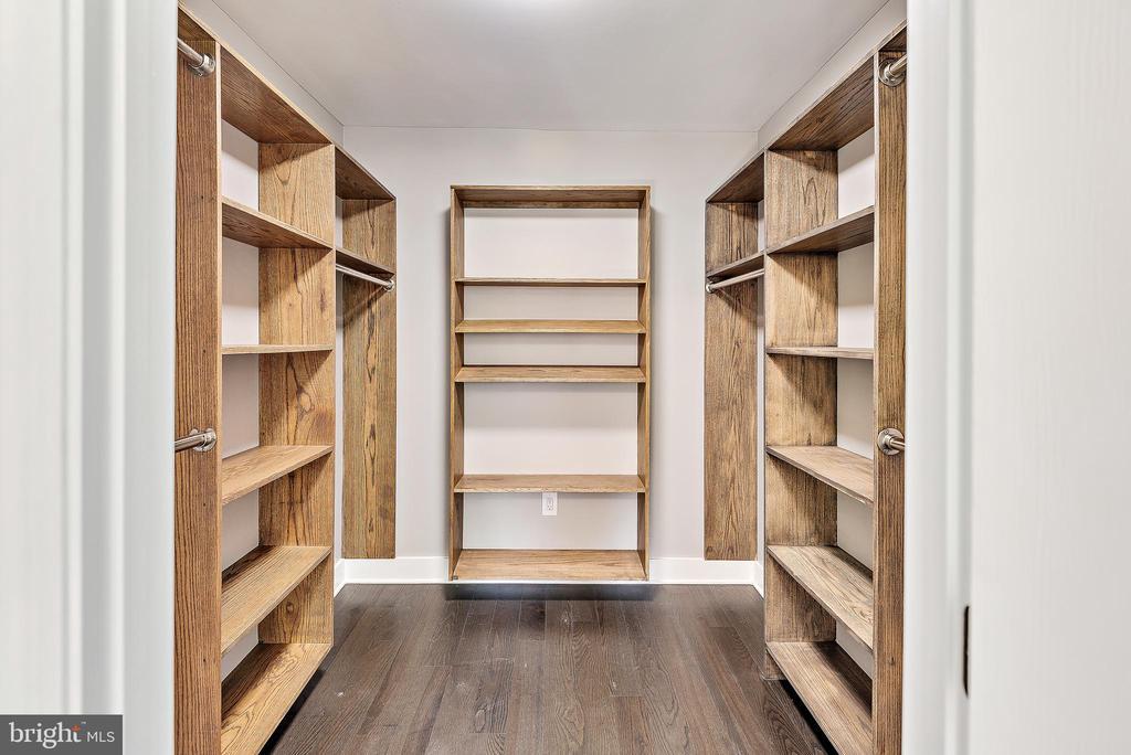 Walk-in primary bedroom closet - 2217 FRANKLIN ST NE, WASHINGTON