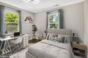 Upper level second bedroom - 2217 FRANKLIN ST NE, WASHINGTON