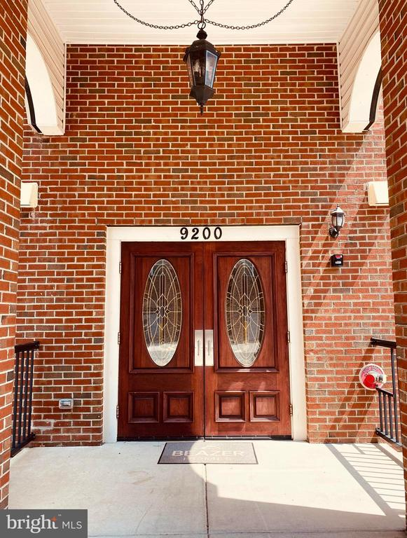 Main Entry Door - 9200 CHARLESTON DR #201, MANASSAS