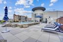 Rooftop Pool - 1021 N GARFIELD ST #621, ARLINGTON