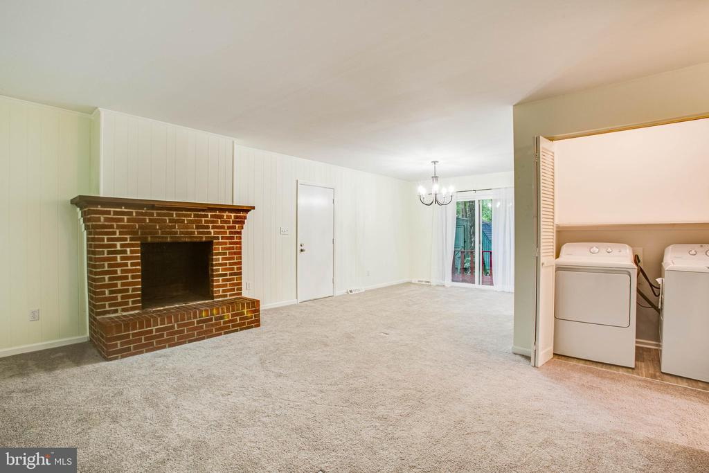 New washer dryer convey - 1217 EASTOVER PKWY, LOCUST GROVE