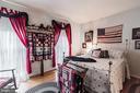 Main Level Bedroom - 990 WILLOWDALE DR, SHEPHERDSTOWN