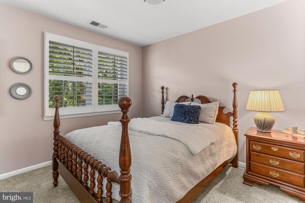 Second Bedroom - 2621 S WALTER REED DR #D, ARLINGTON