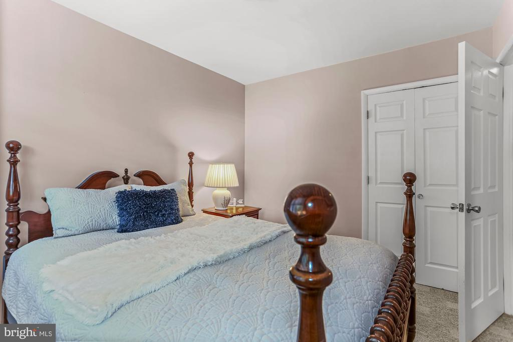 Second Bedroom 2 - 2621 S WALTER REED DR #D, ARLINGTON