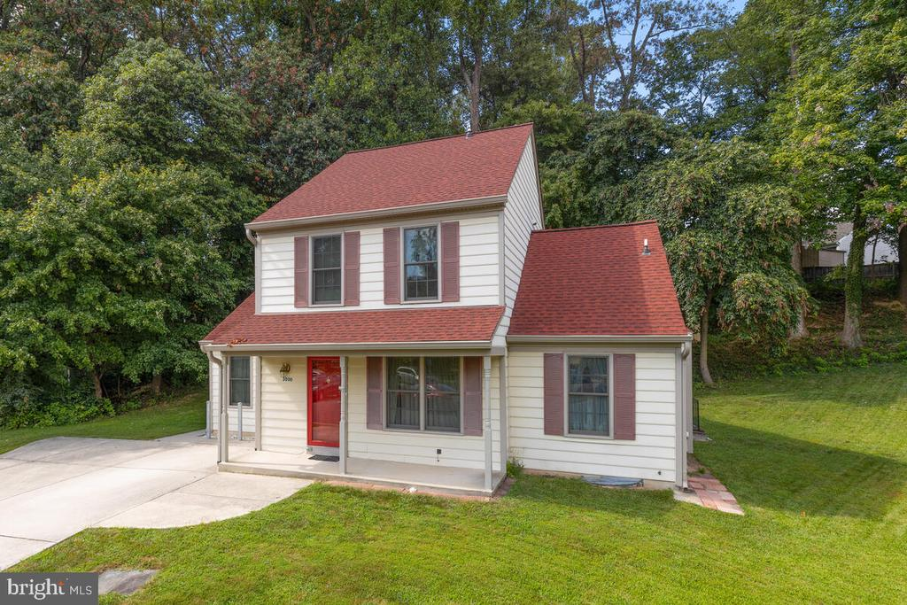 Beautifully located at the end of a Cul-de Sac - 3000 BEETHOVEN WAY, SILVER SPRING